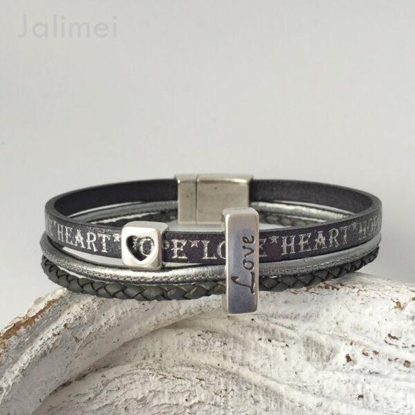 AS1357 grau Love 1