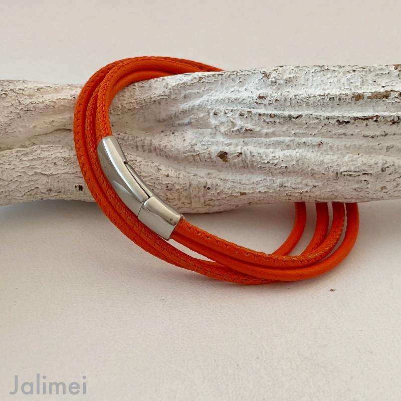 Schlichtes Wickelarmband aus Nappaleder in orange