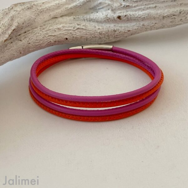 Knalliges Wickelarmband aus Nappaleder in orange-pink