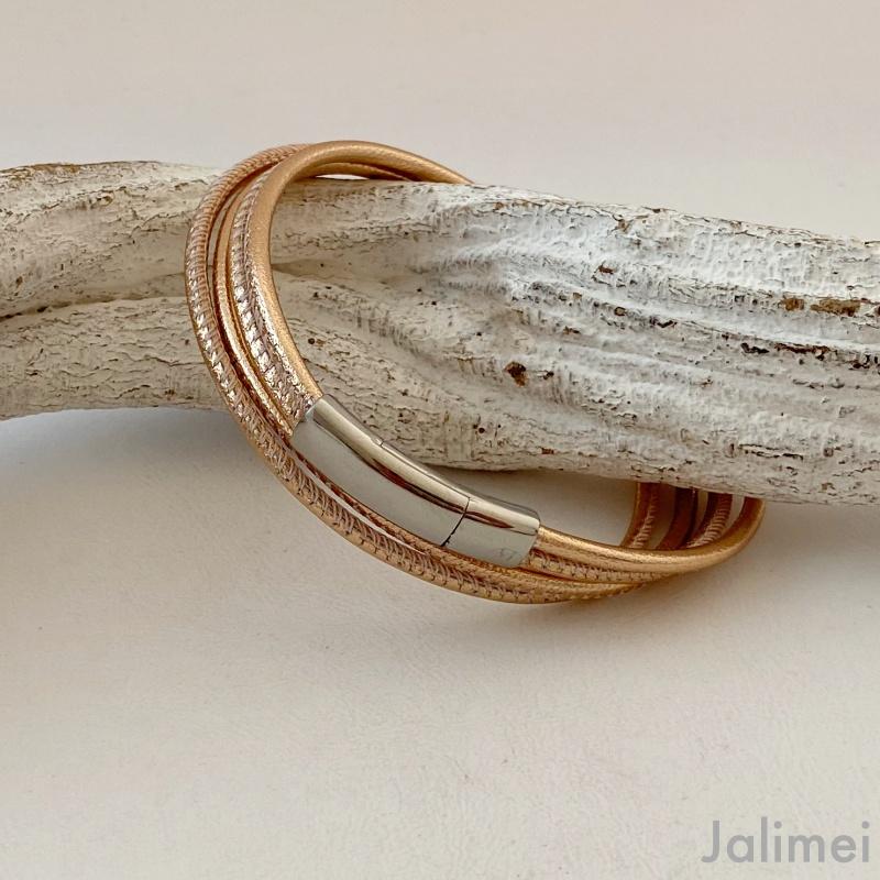 tolles Wickelarmband aus Nappaleder rosegold